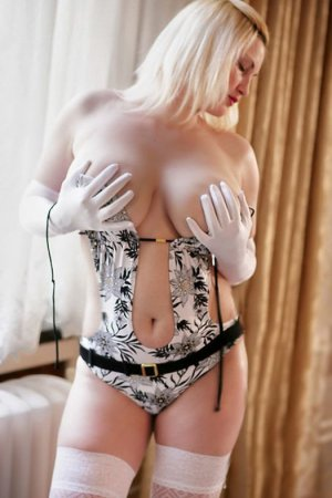 Marie-anick independent escorts in Hyattsville Maryland