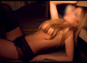 Meije escort in Oak Ridge