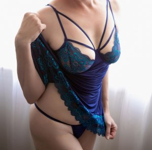 Adelise independent escorts in Fremont Nebraska